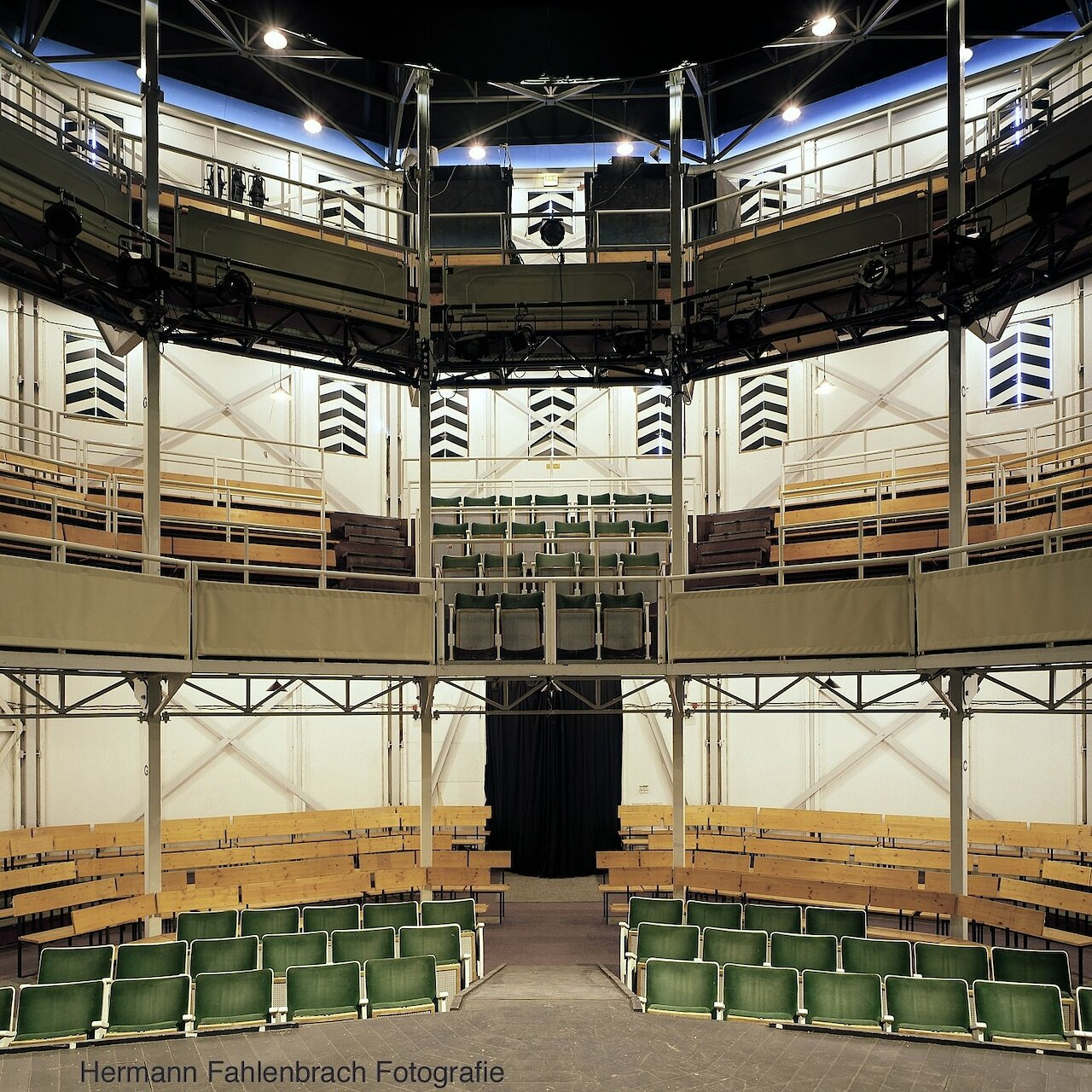 Das Globe-Theater (interior view)