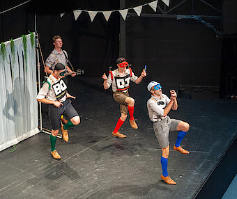 The Handlebards / Much Ado About Nothing